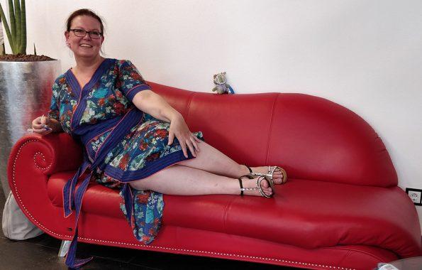 ich _ rotes_Sofa
