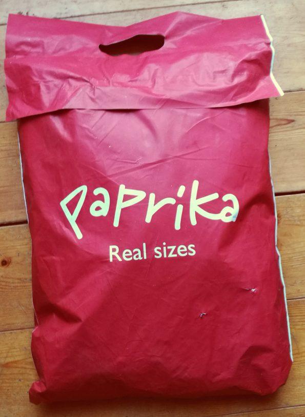 Rote Einkaufstüte von Paprika