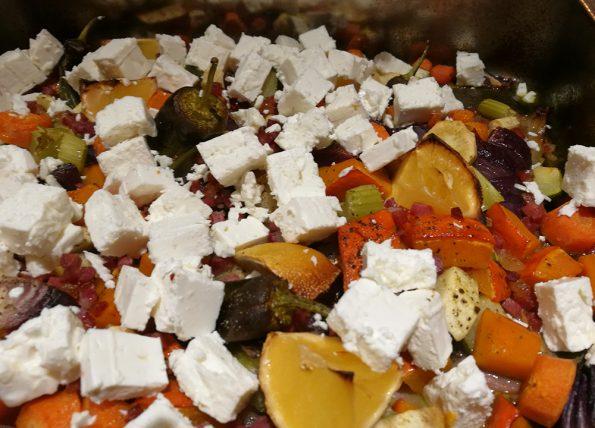 Gemüse überbacken mit Speck und Feta Ketogericht
